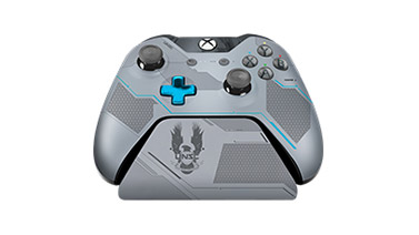 Halo 5 Spartan Locke Limited Edition Xbox One Controller Stand