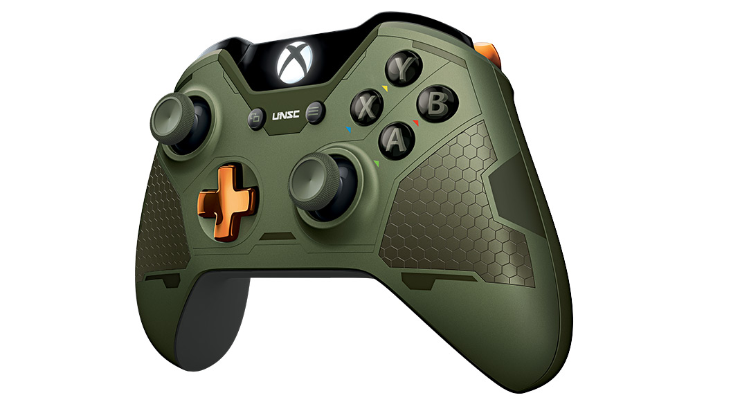 Left angle view of Halo Master Chief Controller