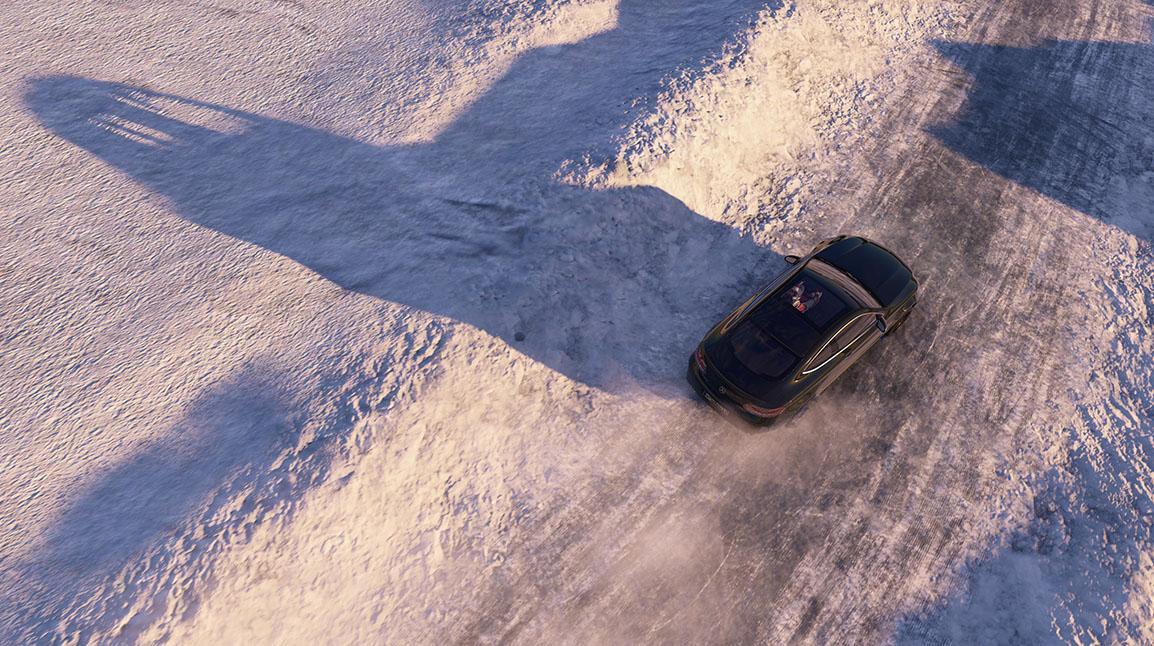 Mercedes in de sneeuw