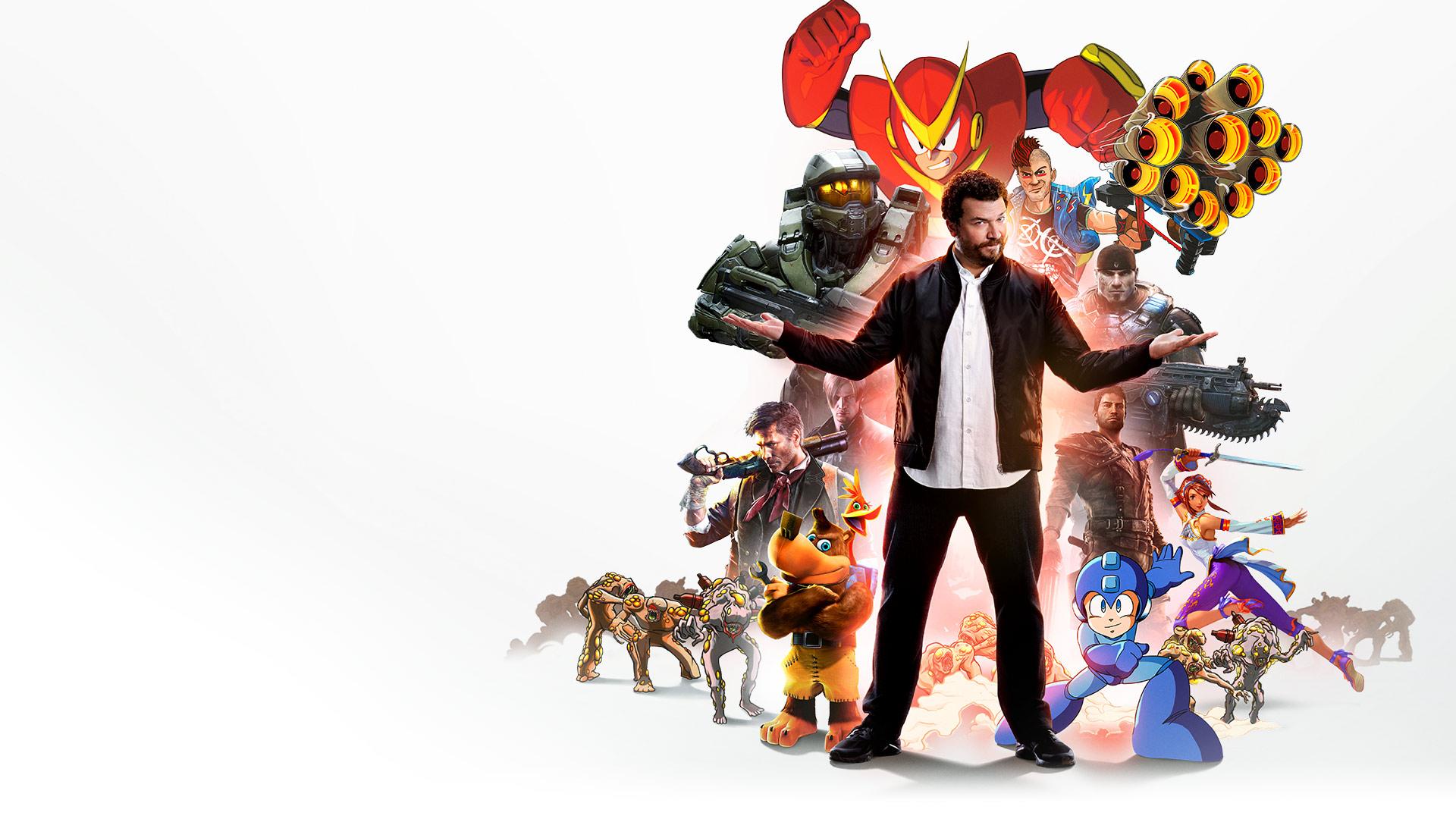 Дэнни Макбрайд на фоне коллажа из игр по абонементу Xbox Game Pass
