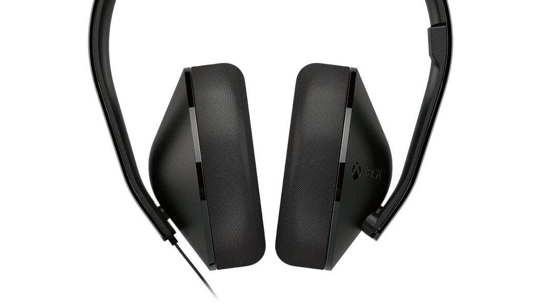 Casque stéréo gros plan sur les haut-parleurs
